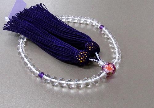 ◆女性用片手念珠 水晶二天紫水晶仕立親玉PC花柄 正絹頭房 紙箱入