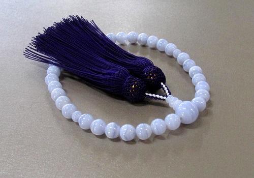 ◆女性用片手念珠 カルセドニー8�o玉共仕立 正絹頭房 桐箱入