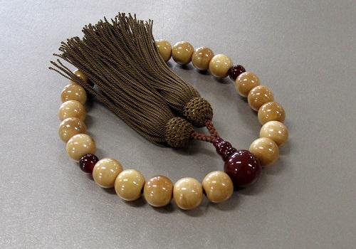 ○男性用片手念珠 柘22玉瑪瑙仕立 正絹頭房 B