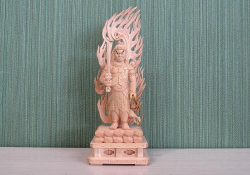 ●仏像 桧製 不動明王 金泥付 3.5寸