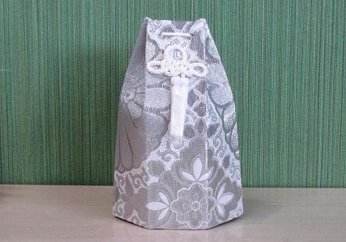 □六角骨覆 骨袋六角 2.0寸用 並金襴 分骨袋 銀