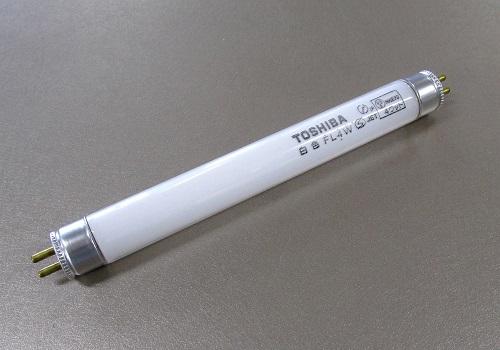◆電球 TOSHIBA  FL4W 白色