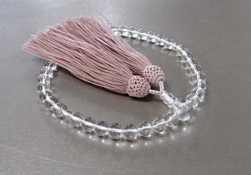 □女性用片手念珠 水晶7�o玉共仕立 正絹細房 (灰桜)