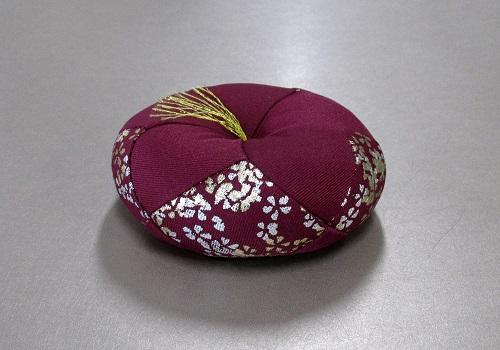 ●丸リン布団 金彩金銀桜 3.0号 エンジ