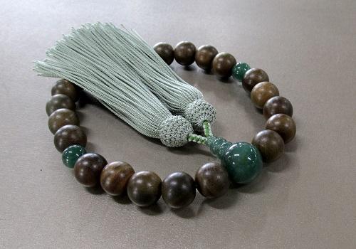 ○男性用片手念珠 素挽緑檀インド翡翠仕立 正絹頭房