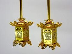 ◇アルミ 神前灯籠 丁足 本金 真宗大谷派(東)用 2.5寸 1対