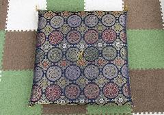 ●圧縮座布団 菊華紋 紺