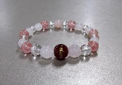 ○愛染明王梵字入ブレス 瑪瑙・ローズクォーツ・水晶
