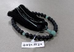 ◆女性用片手念珠 黒オニキス艶消し8�o玉翡翠仕立 正絹古都房 黒折箱