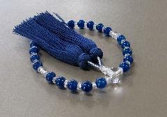 ●女性用片手念珠 ブルーカルセドニー・水晶仕立 桐箱入 正絹房 創作念珠