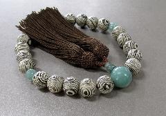 □男性用片手念珠 素挽鉄刀木(薄)インド翡翠仕立 正絹頭房