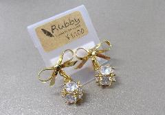 ★イヤリング リボンゴールド 【Rubby】