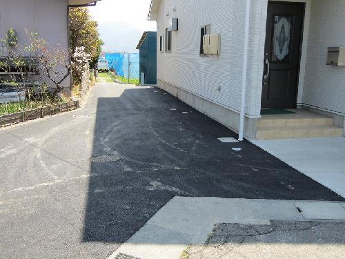 長野市 住宅駐車場 アスファルト舗装