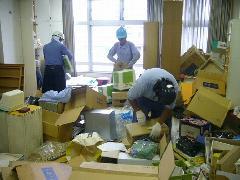 東京都八王子市 事務所 不用品分別作業