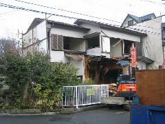 埼玉県新座市 木造の家屋解体作業