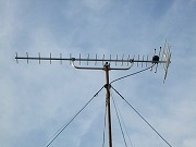 アンテナ取り付け及び3分配器まで、端末ユニット工事