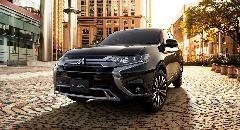 アウトランダー 新車コンプリートカー販売 ガレージスパーク