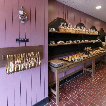 京王多摩川駅の住宅街に佇むパン屋さんオープン!
