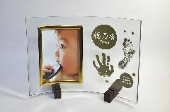 出産記念品 ぺったんこ写真立て タテ型