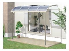 「メニーウェル 600タイプ」(アール屋根 R1NA型) 三協アルミ テラス