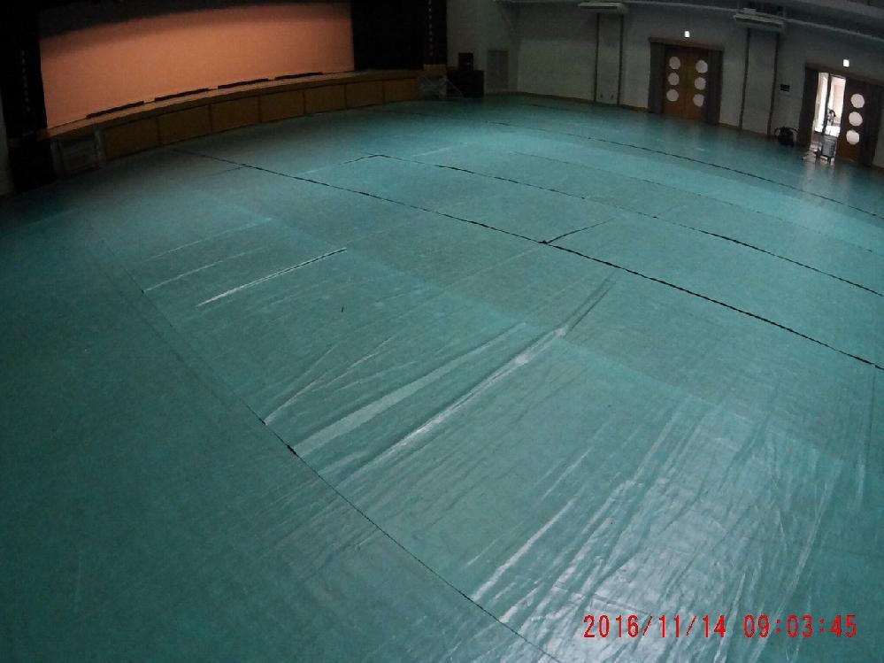 岸和田高等学校 多目的ホールの片付け