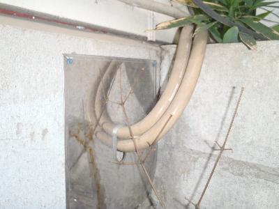 給湯管の引き入れ箇所