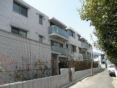 東京都世田谷区 マンション 外壁タイルと床タイル販売