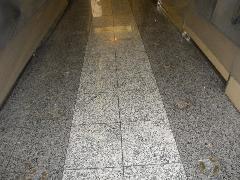 東京都江東区の商業施設の床の石張替え工事