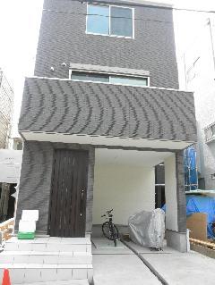 東京都文京区3階建て個人邸新築工事、外壁、床タイル工事