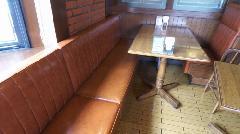 業務用椅子1