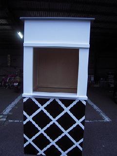 墨田区浅草  木製の江戸風 木箱の塗装