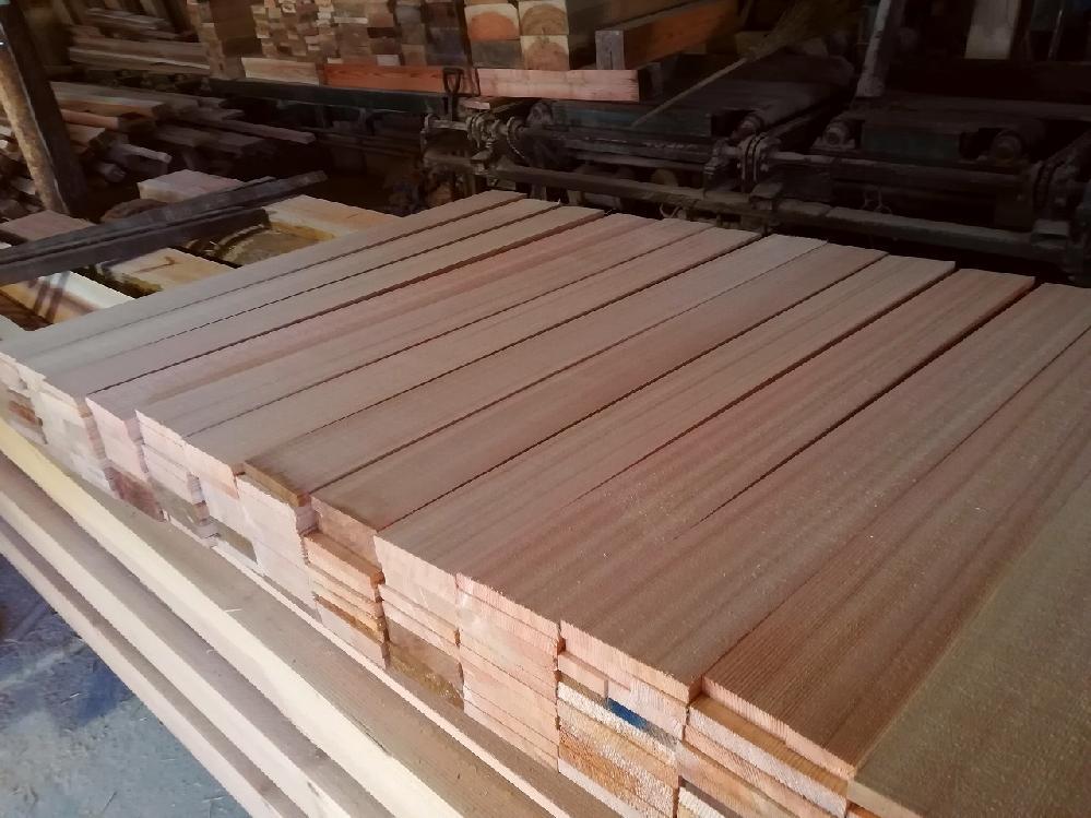 吉野杉 赤身柾目フローリング材