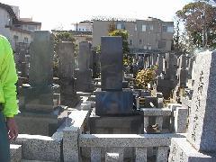 即随寺境内墓地(市川市)の石塔が傾いた墓地の改修工事