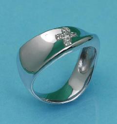 K18WGダイヤ入りリング