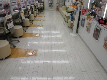 店舗 床清掃