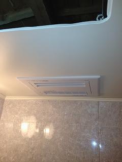 鎌倉市極楽寺 天井埋込形浴室暖房新規取付工事