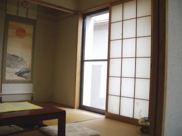 昔ながらの趣のある和室でした