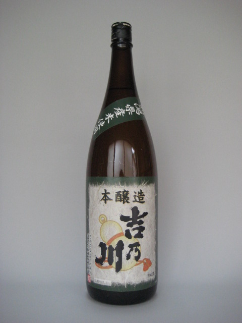 吉乃川瓢ラベル一升瓶