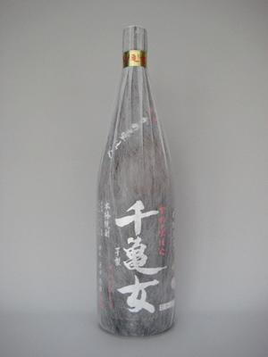 千亀女 (黒麹木桶蒸留) 1.8l