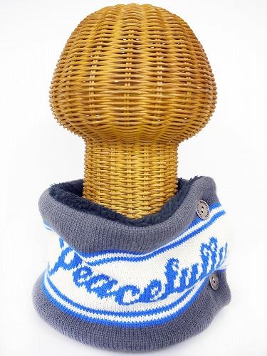 サイドボタン付き 裏地ボア ニットネックウォーマー(PEACEFULLYロゴ グレー) WNBSA006R-30
