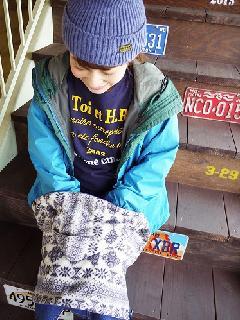 フード&ジッパー付き4WAYネックウォーマー(雪柄 ムラサキ)  WNGT000R-46