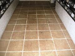 都内 マンション共用部 床面洗浄作業