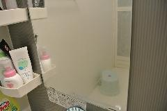 東京都渋谷区 個人宅 風呂鏡(カガミ) うろこ汚れ除去洗浄