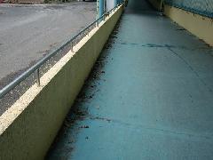 所沢市 医療関連施設 外部通路清掃