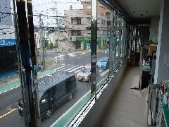 東京都立川市オフィスガラス 遮熱コーティング 10年持続!!!ガラスの熱割れもございません