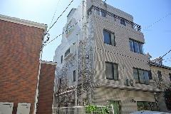 東京都目黒区住宅ビルのつた除去作業