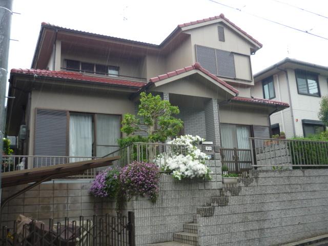 モルタル外壁を美しく塗り替え 富田林市