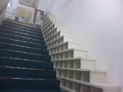 階段下足棚
