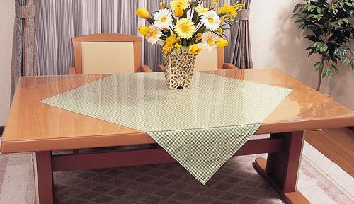 抗菌テーブルマット(2�厚) 約800×約1350mm長