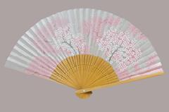 高級絵付扇子 6.5寸 35間 白竹中彫 桜